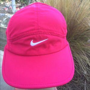 Nike FeatherLight Hot Pink Dri-Fit Adjustable Hat